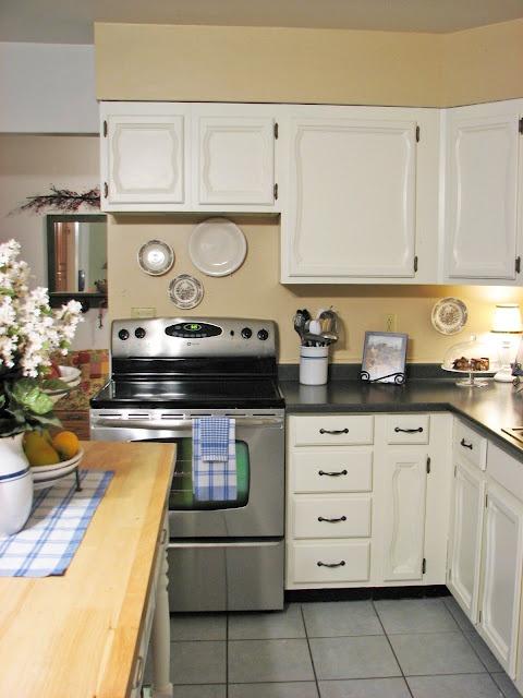 Cheap kitchen remodels stunning kitchen makeover ideas on for Cheap kitchen makeover ideas uk