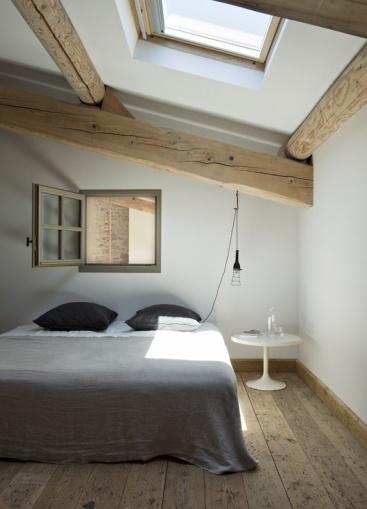 skylight_attic