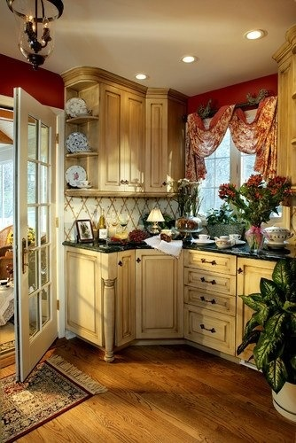 window-treatment-french-kitchen