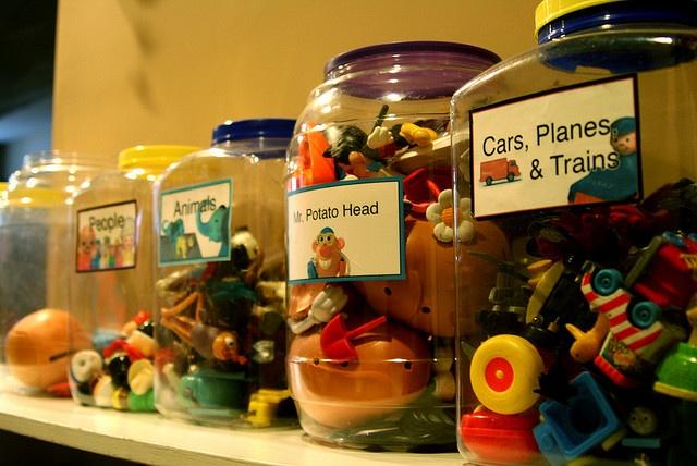 toys-in-jar