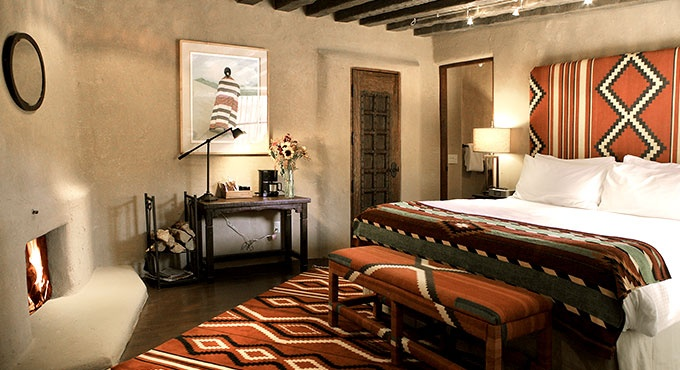 4 amazing southwestern style interior design ideas for Southwestern bedroom designs