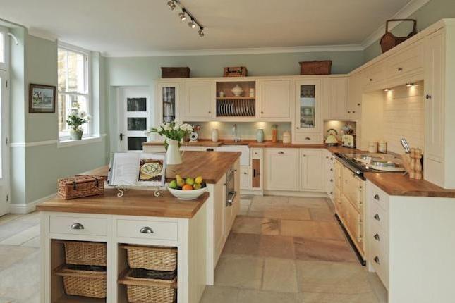 5 fabulous ideas for country farmhouse decor theme for Country style kitchen uk