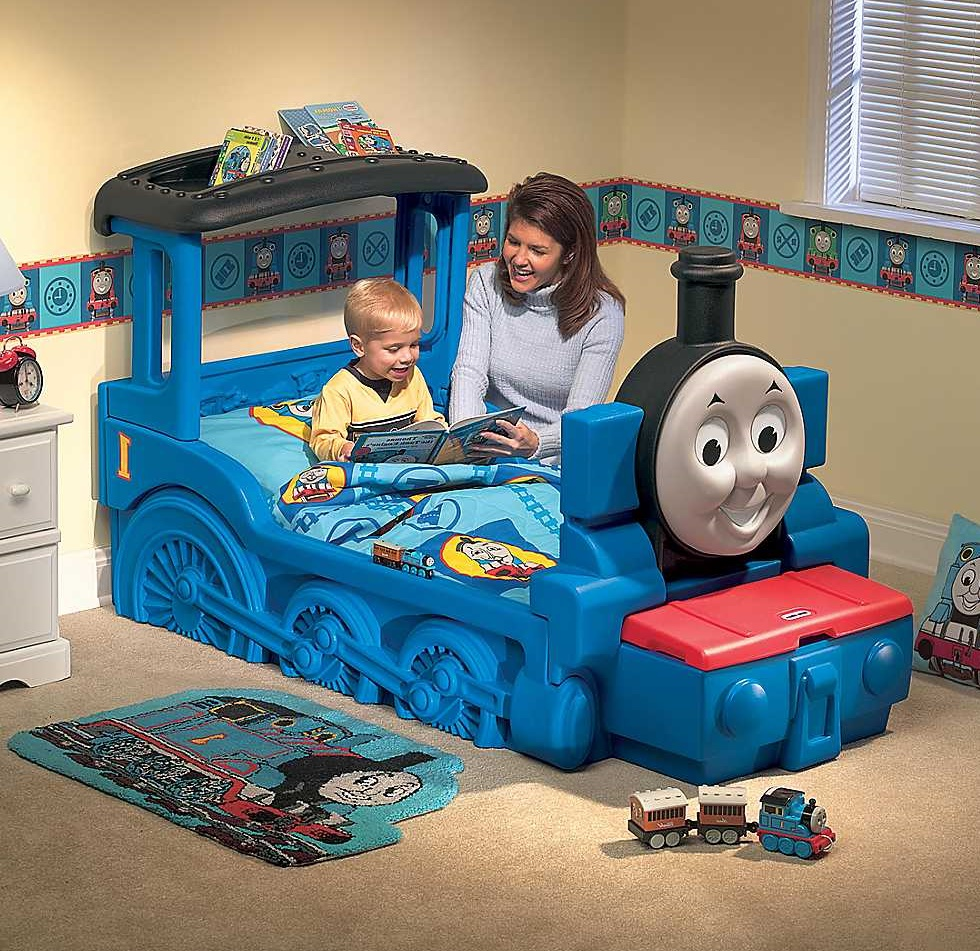 Thomas the train bedroom decor